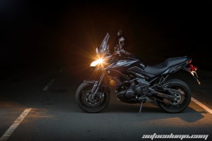 2016 Kawasaki Versys 650 India side profile