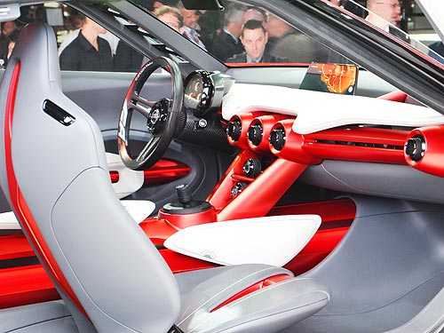 Какие электромобили нас ждут в будущем. Обзор новинок мировых автосалонов