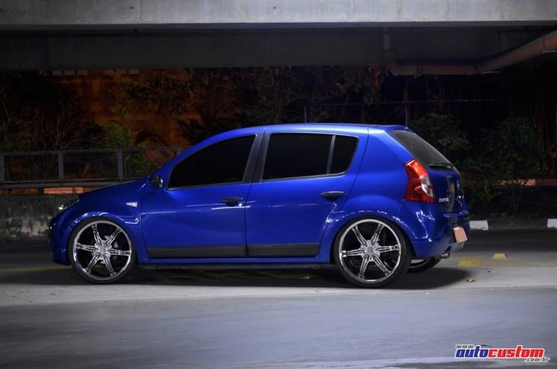 sandero-azul-aro-20-suspensao-ar-01