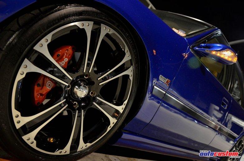 aro-18-accord-azul-1992-pneus-215-40
