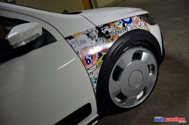 sticker-bomb-saveiro-2012-branca-cross
