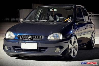 chevrolet-corsa-sedan-2001-rebaixado