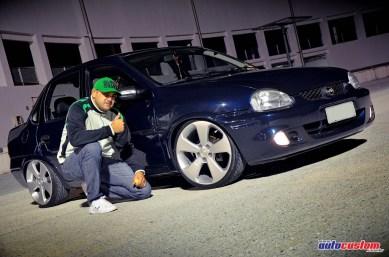 fabio-casares-corsa-sedan-2001-rodas-cruze