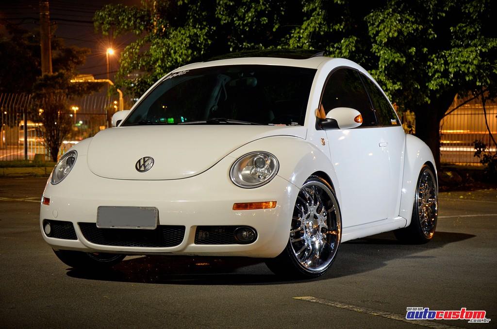 Volkswagen New Beetle aro 20, ano 2008, rebaixado e som automotivo