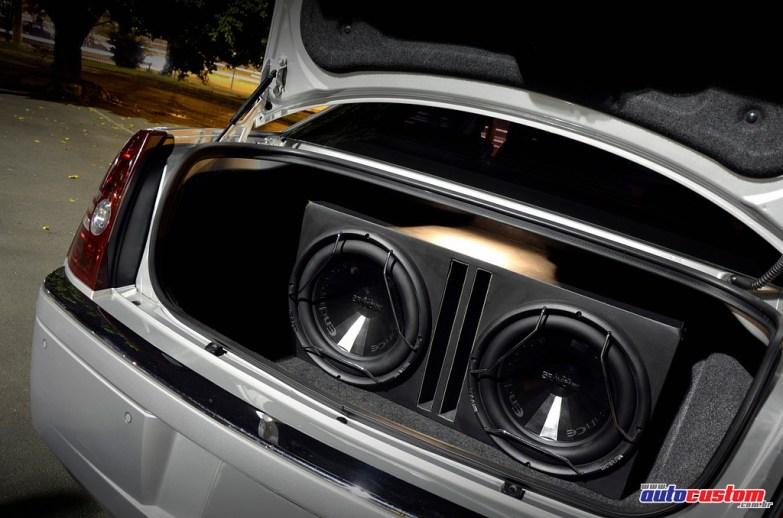 caixa-dutada-2-subwoofers-300c-2008-prata