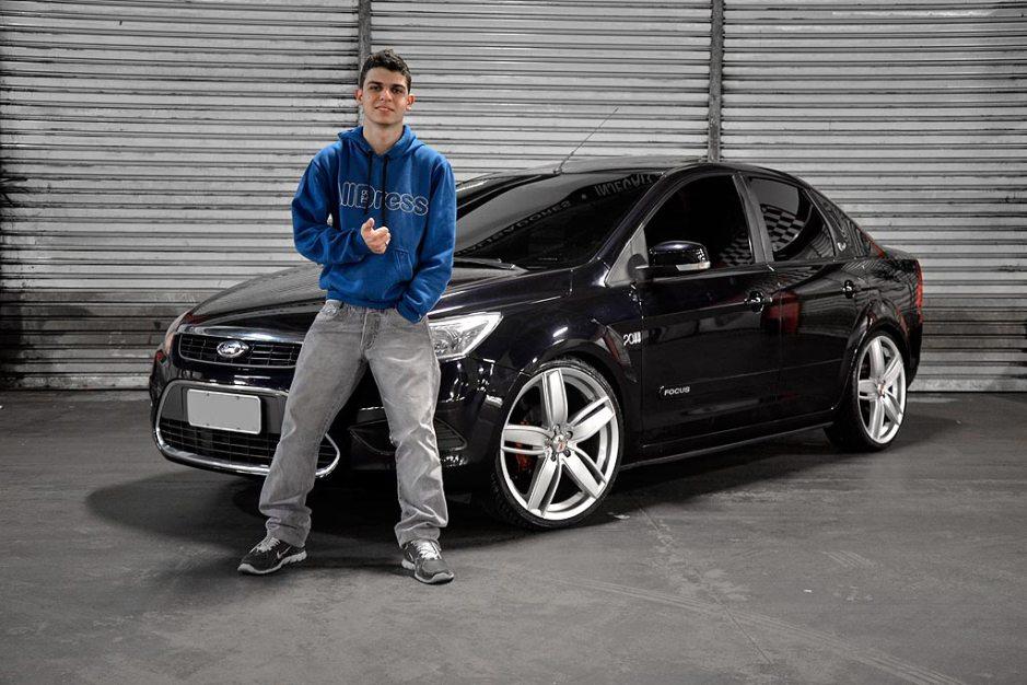 Focus Ghia 2010 aro 20, xenon, películas e molas esportivas
