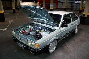 Gol GL 1991 com aro 17 e motor preparado com Turbo e Nitro