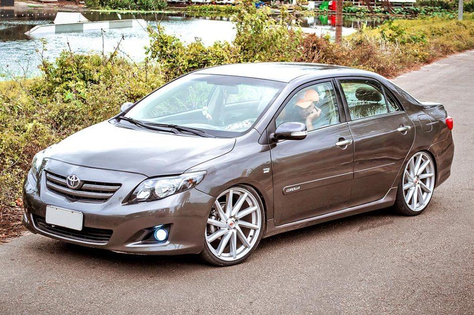 Corolla SEG 2009 com aro 20 e rebaixado - Cesinha