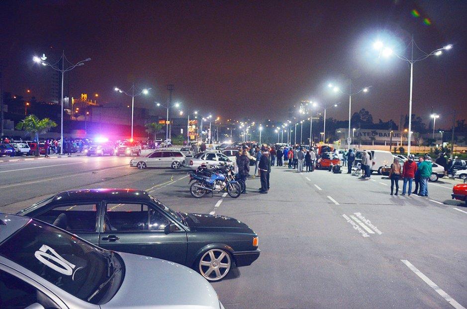 Fotos 2º Encontro noturno de carros em Barueri - Turbo Garage