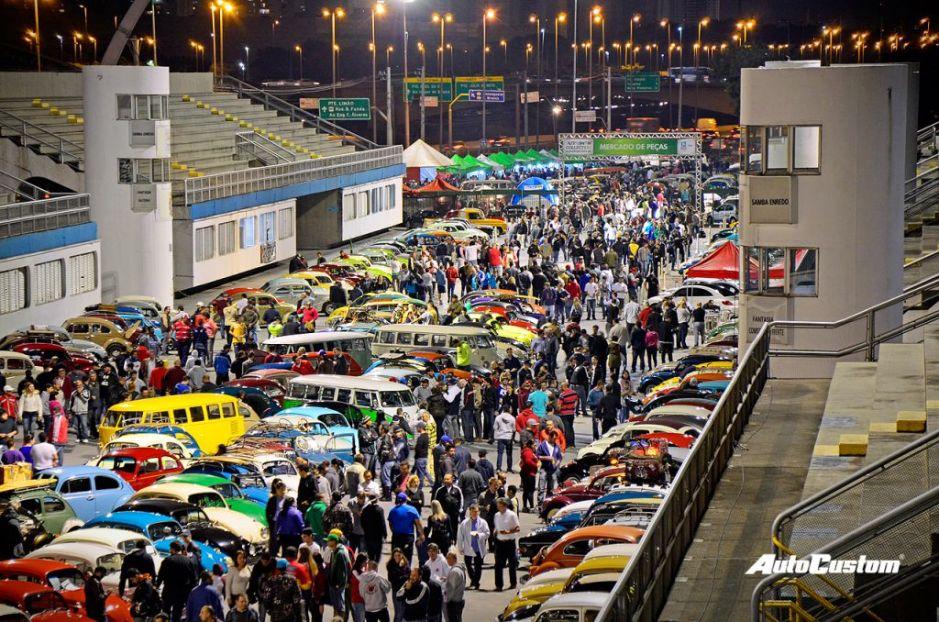 Fotos da Noite do Fusca 2015 no Sambódromo SP