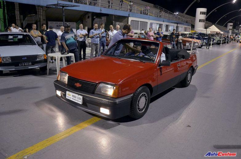 desfile-noite-dos-carros-anos-80-sambodromo-anhembi-sp (12)