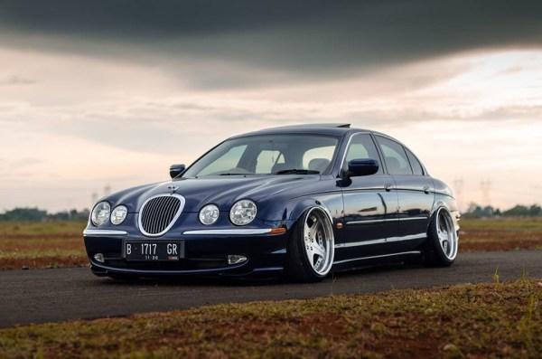 Jaguar S Type - Rebaixado, Taludo e Negativo