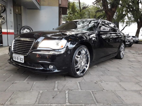 Chrysler 300 c 2012 aro 22
