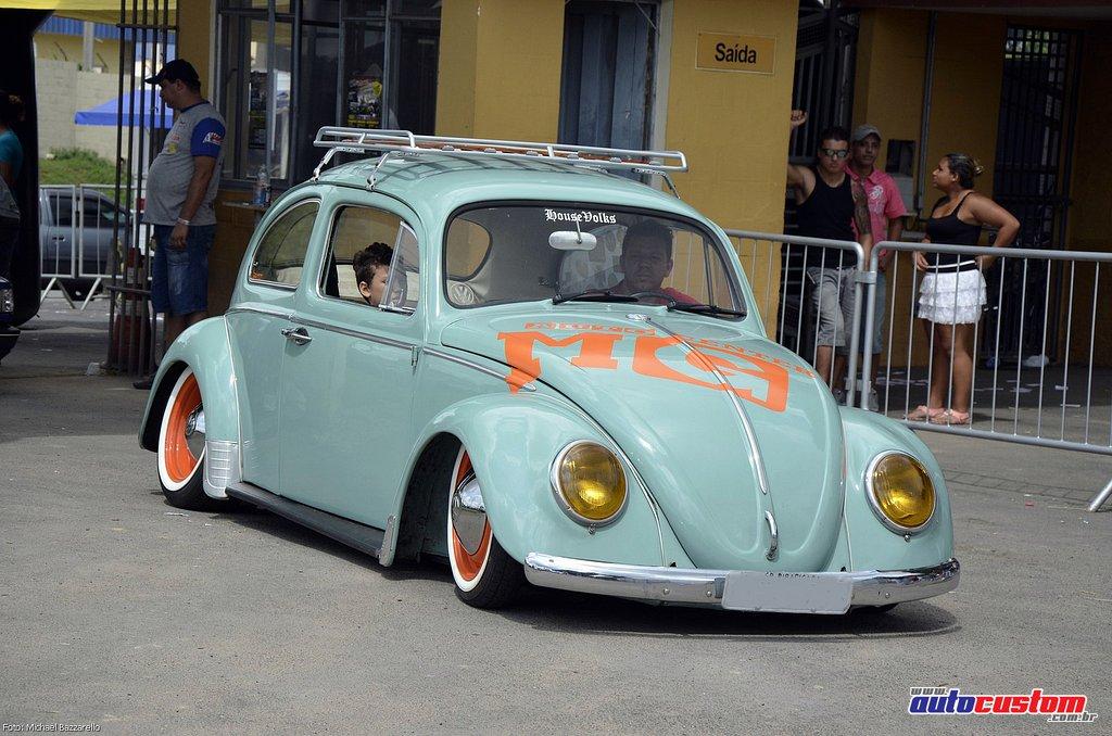 9-mega-motor-2013-burnout-wheeling-carros-som-011