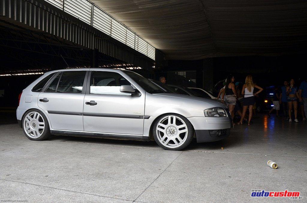 9-mega-motor-2013-burnout-wheeling-carros-som-036