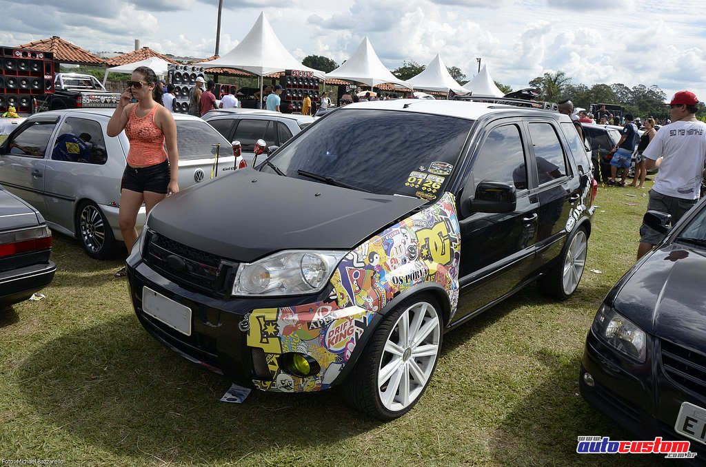 9-mega-motor-2013-burnout-wheeling-carros-som-093