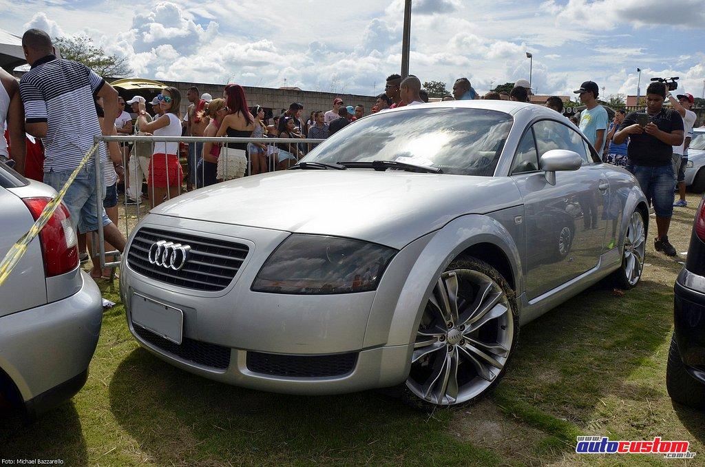 9-mega-motor-2013-burnout-wheeling-carros-som-110