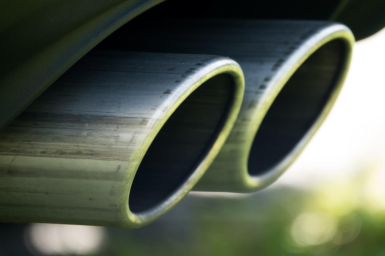 Budowa układu wydechowego w samochodzie