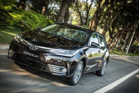 El Toyota Corolla brasileño también se pone al día