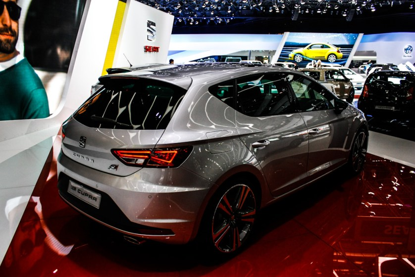 siag 2014 rencontre avec la nouvelle seat leon cupra autoday. Black Bedroom Furniture Sets. Home Design Ideas