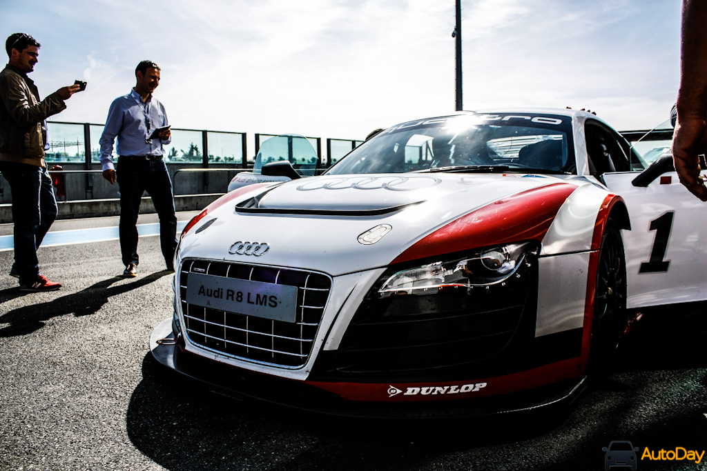 audi driving experience 48 autoday. Black Bedroom Furniture Sets. Home Design Ideas