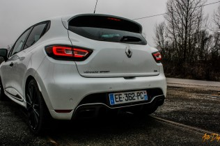 Clio 4 RS Trophy-4
