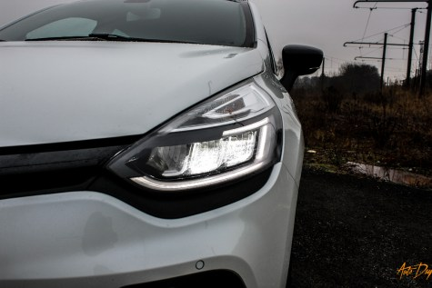 Clio 4 RS Trophy-9