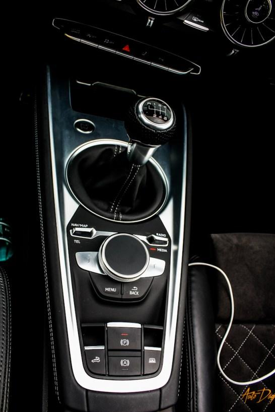 Audi TT Roadster-21