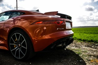 Jaguar F-Type SVR-19
