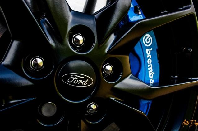 Ford Focus RS interieur-8