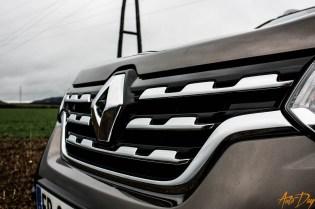 Renault Alaskan-3