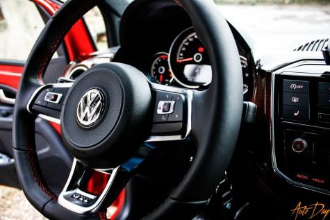 VW Up GTI-24