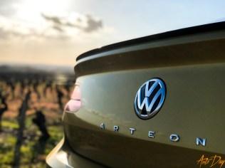 VW Arteon R-Line-5