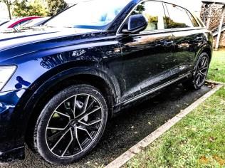Audi Q8-17