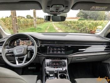 Audi Q8-29