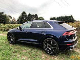 Audi Q8-38