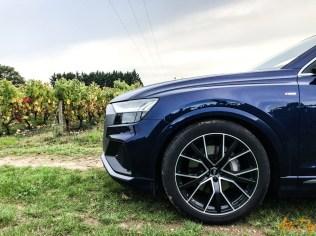 Audi Q8-40