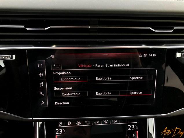 Audi Q8-52