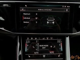 Audi Q8-64