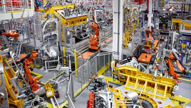 robots-large-scale-manufacturing