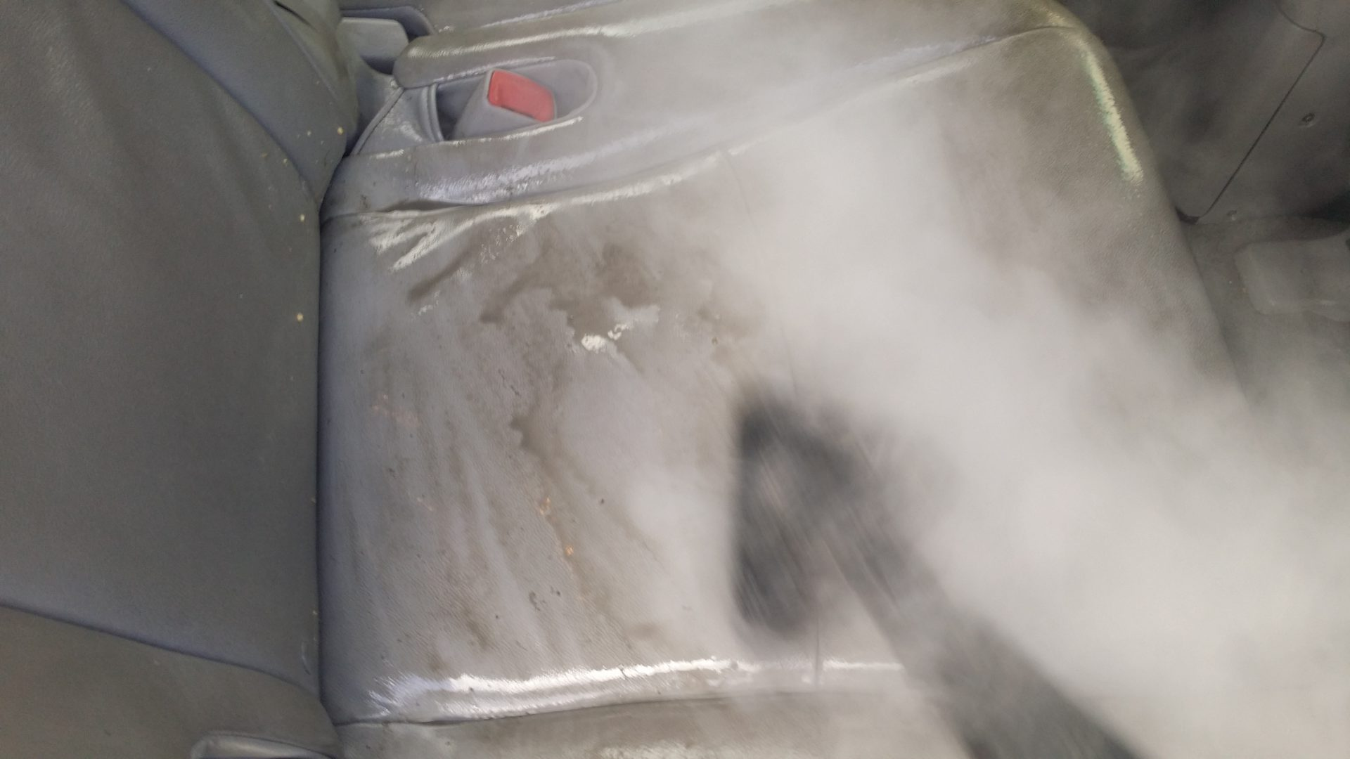 Steam Clean Car Seats >> Steam Cleaning Leather Car Seats