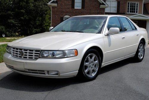 small resolution of  2001 cadillac deville dts photo 4