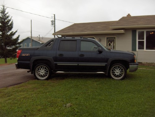 small resolution of  2004 chevrolet avalanche 1500 2wd photo 21
