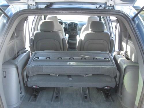 small resolution of  2004 dodge caravan photo 6