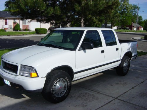 small resolution of 2001 gmc sonoma sl short bed 2wd photo 1