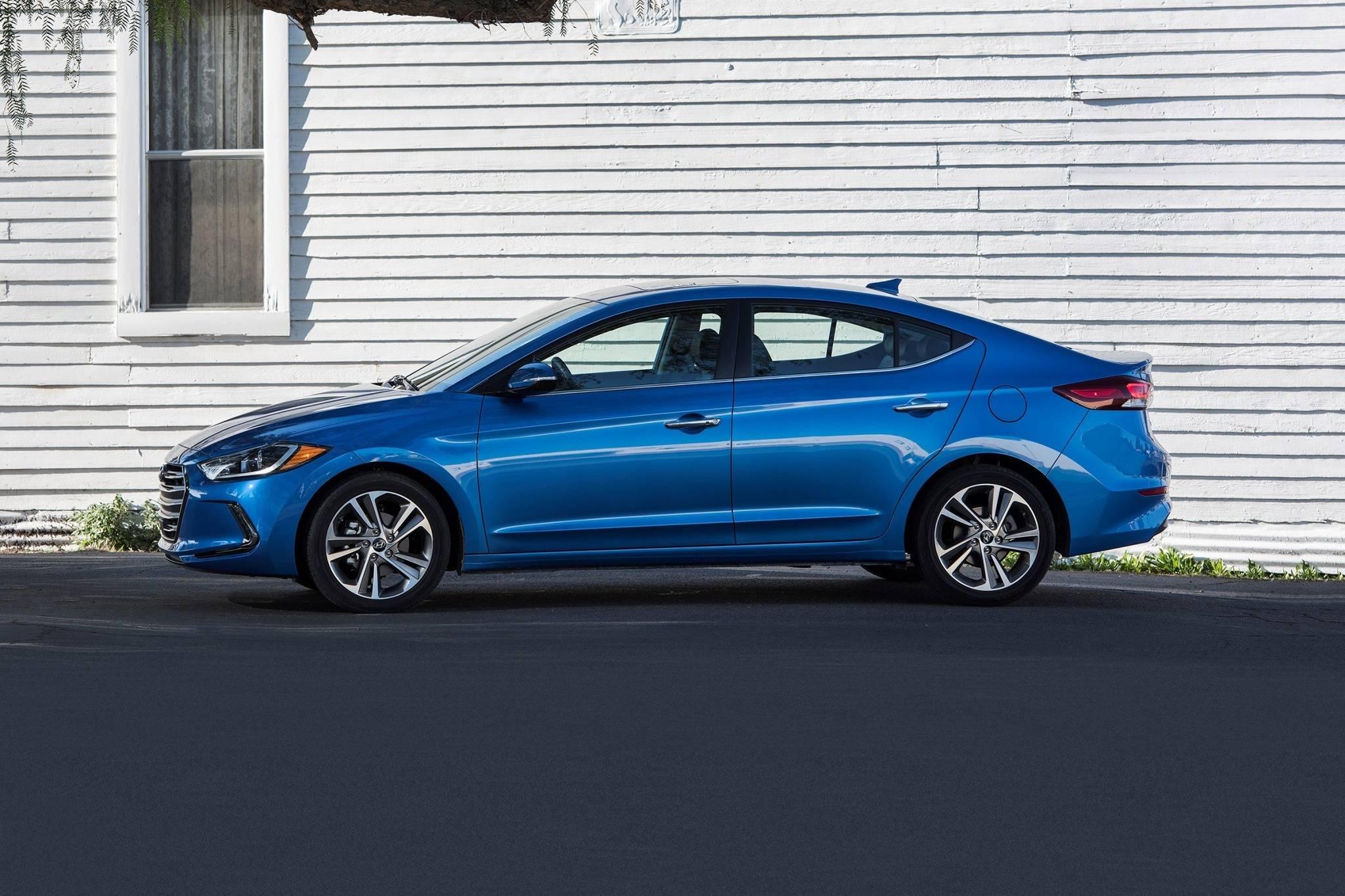 2018 Hyundai Elantra VIN Check. Specs & Recalls - AutoDetective