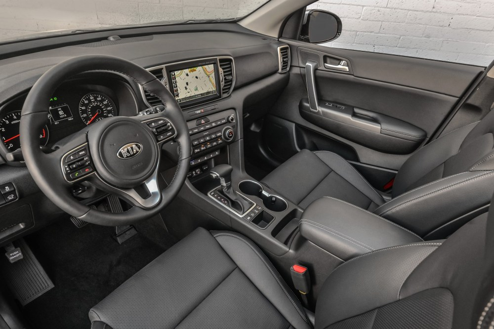 medium resolution of  2017 kia sportage interior