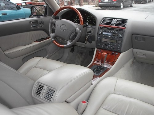 small resolution of  2000 lexus ls 400 photo 2