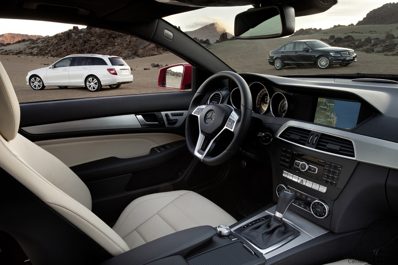 hight resolution of  2011 mercedes benz c class c300 sport sedan photo 5