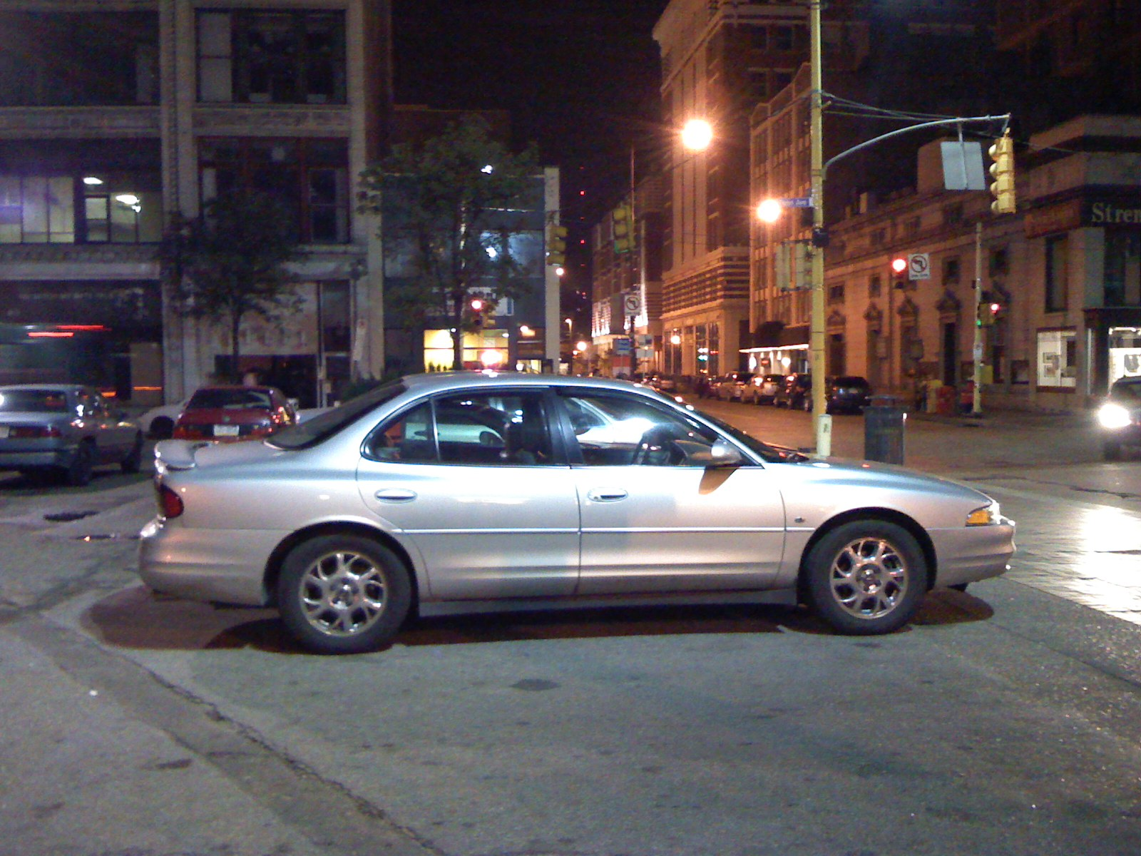 hight resolution of  2001 oldsmobile intrigue gx photo 3